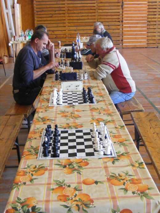 Sakk-verseny Csanyteleken (2014-10-19)
